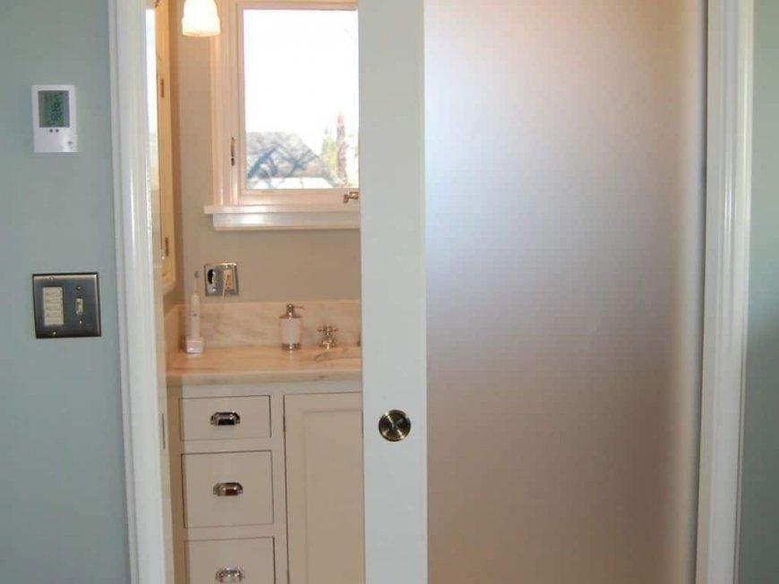 Двери для ванной комнаты — советы по выбору типа и цвета дверей, свежие фото подборки