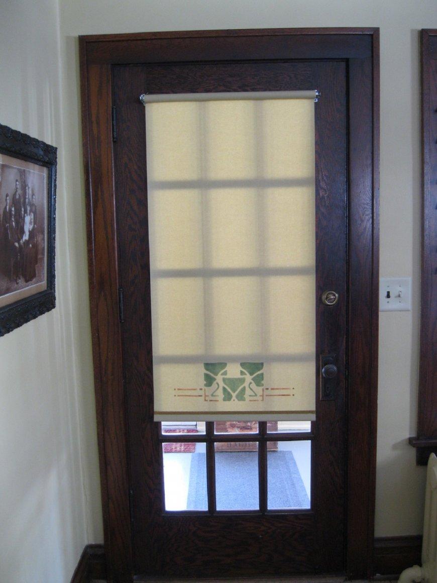 Дизайн штор на дверной проем — особенности выбора и декорирования, фото идеи