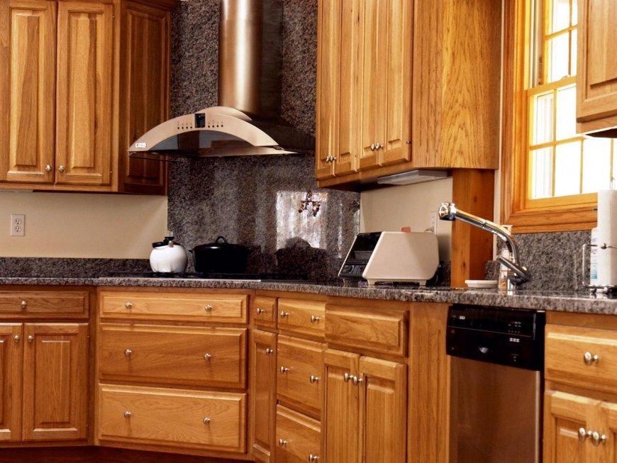 картинки кухни под дерево фото