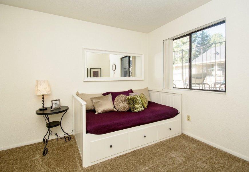 Модульные спальни в интерьере: преимущества и недостатки, полезные советы, фото