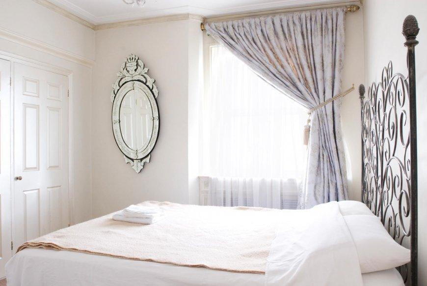 Спальня хай-тек — выбор цвета, основные черты стиля, фото подборки