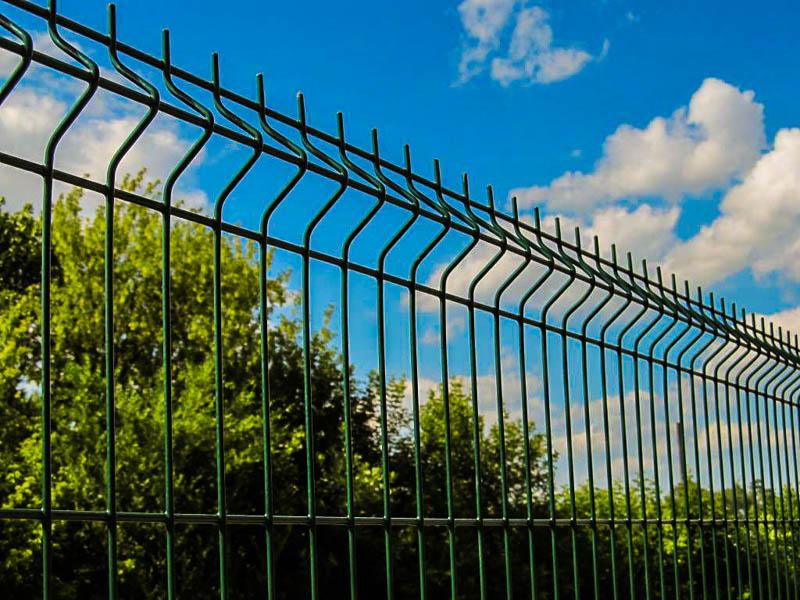 Выбираем забор правильно