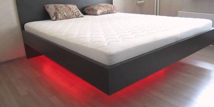 кровать с парящим эффектом
