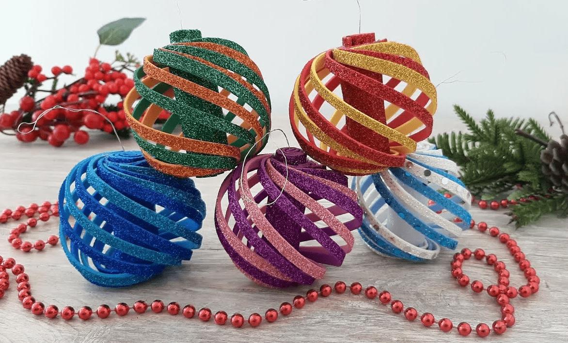 Делаем потрясающие Новогодние игрушки из фоамирана