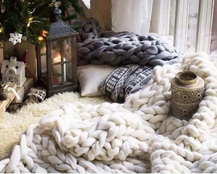 Сказочный новогодний плед: 5 идей к зимним праздникам